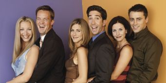 landscape-ustv-friends-cast-group-shot.jpg